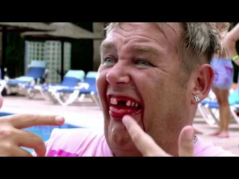 Benidorm's Tony Maudsley reveals Kenneth's teeth secret