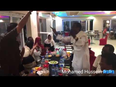 MUUQAALKII UGU DHAMEEYAY MOGADISHU NIGHT TIME BEAUTIFUL 2018 HD VIDEO