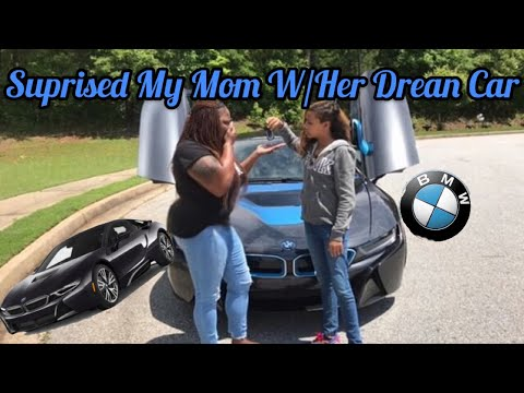 Surprised My Mom W/Her Dream car 🚘❤️ (She Cried)
