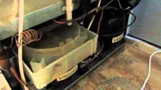 Ремонт холодильника Атлант - день 1, осмотр(Холодильник Атлант жив. 18 месяцев после ремонта**** https://www.youtube.com/watch?v=GuaGHnvQRRk 1 ДЕНЬ ..., 2015-07-02T15:54:46.000Z)