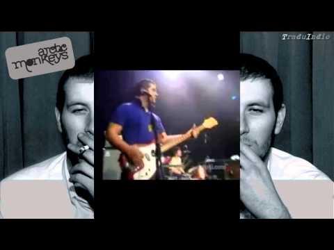 Arctic Monkeys- Red lights indicate doors are secured (inglés y español)