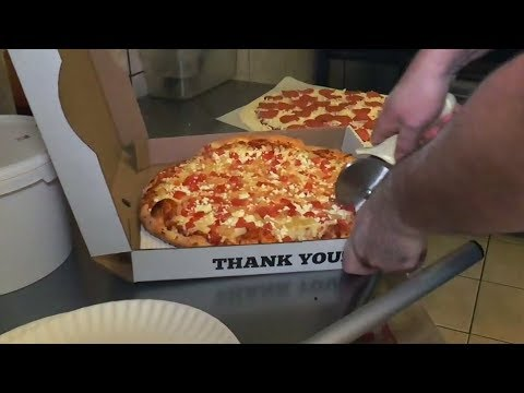 At least 10 pizza delivery robberies in Kitchener, Ont.