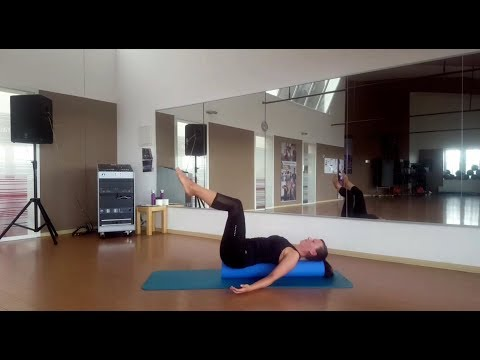 Pilates mit der Rolle Ganzkörper