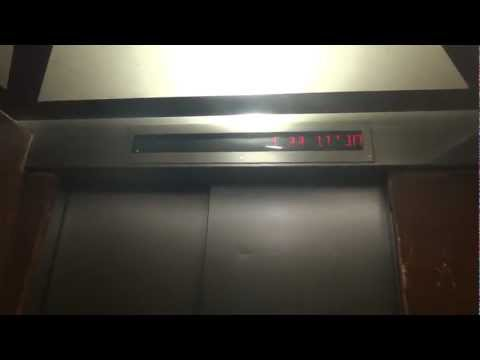 BUSTED: Electra traction elevators at Cinema City in Ramat HaSharon(Service elevators)
