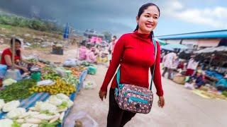 LIFE in a CAMBODIAN VILLAGE, Cambodia's Local Markets