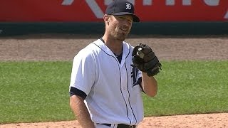 Worth uses knuckler to fan a pair in relief