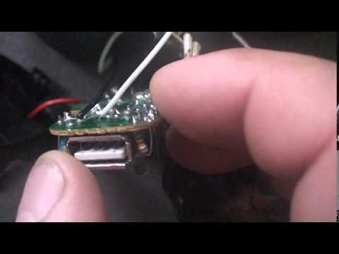 видео: Зарядка телефона от солнечной батареи своими руками.