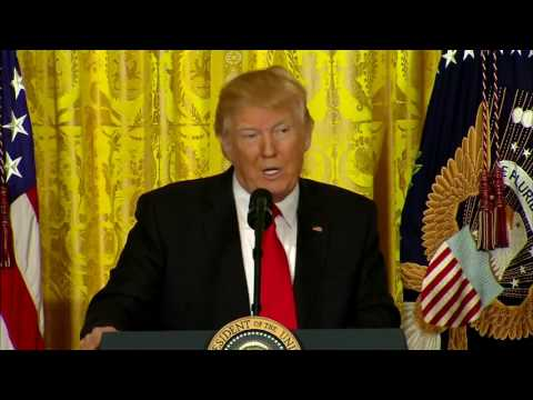 FULL PRESS CONFERENCE: Donald Trump BASHES Media To Their Face (FNN)