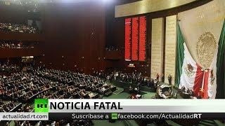 Video Diputada recibe noticia del asesinato de su hija durante sesión parlamentaria en México download MP3, 3GP, MP4, WEBM, AVI, FLV November 2018