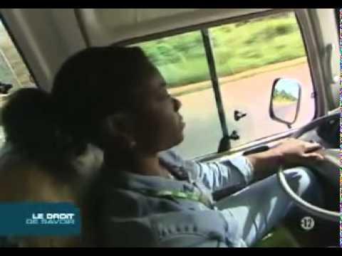 H.S- camerounaise cherche blanc sur internet 1 2 - une vidéo Amis et Famille.mp4de YouTube · Durée:  10 minutes 57 secondes