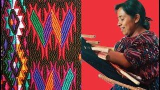 Manuela & Esperanza: El Arte del Tejido Maya (Español R1)