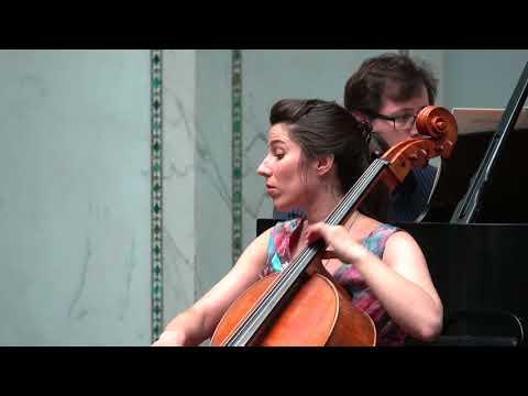 Stark und markiert from Selections from 5 Pieces in Folk Style, Op. 102 by Robert Schumann