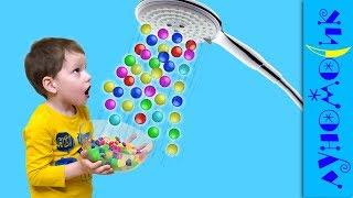 КОНФЕТЫ ИЗ ДУША вместо воды Вредные детки Веселый пранк Super babies A lots of candy in shower