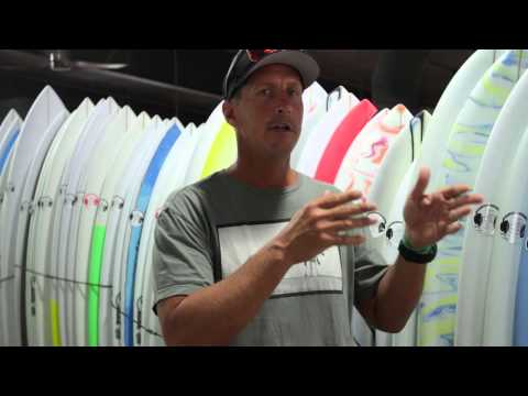 How to choose the right size surfboard -