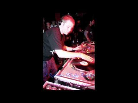 Deadmau5 & Kaskade- I Remember (Caspa Remix)
