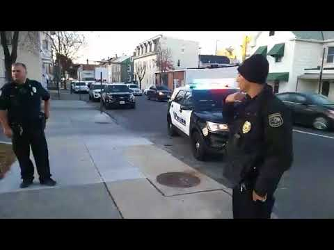 Hagerstown Police  Help Gang Members Harass Citizen For Recording In Public