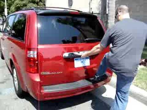 Dodge Grand Caravan Tailgate Failure 3 Youtube
