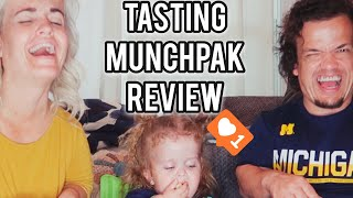 Munchpak Tasting Review with Penny & Bourn Vlog 192