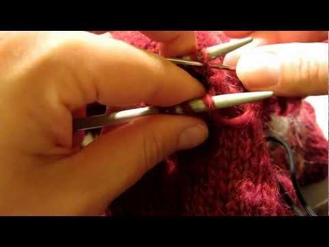 Hur man gör för att sy ihop ärmhål - underarmar på stickade tröjor.MOV
