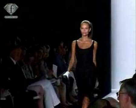 OSCAR DE LA RENTA - NY FW 2006 | FashionTV - FTV.com