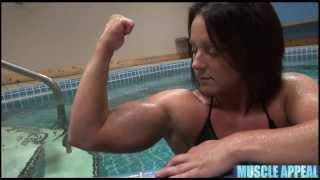 This Muscle Girl Wants To Become An FBB