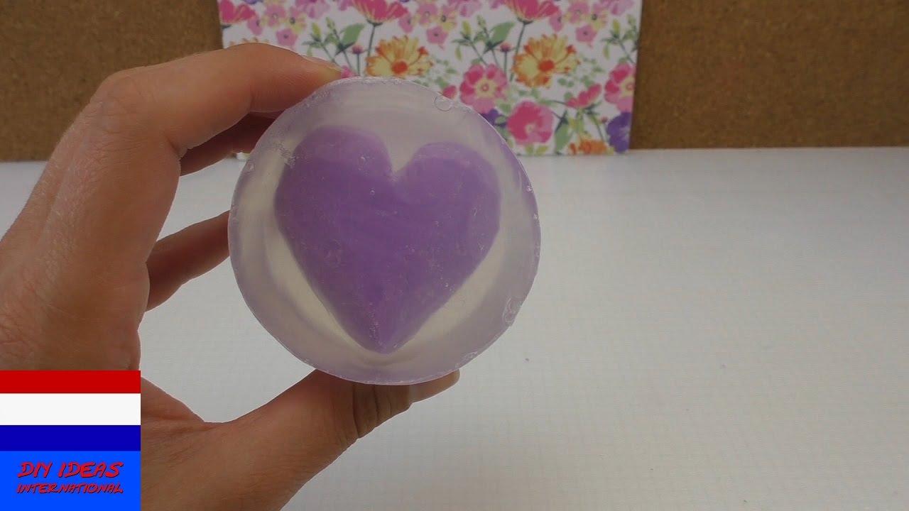 Geliefde Tweekleurige zeep zelf maken – Zeep met hartpatroon – cadeau-idee #TM08