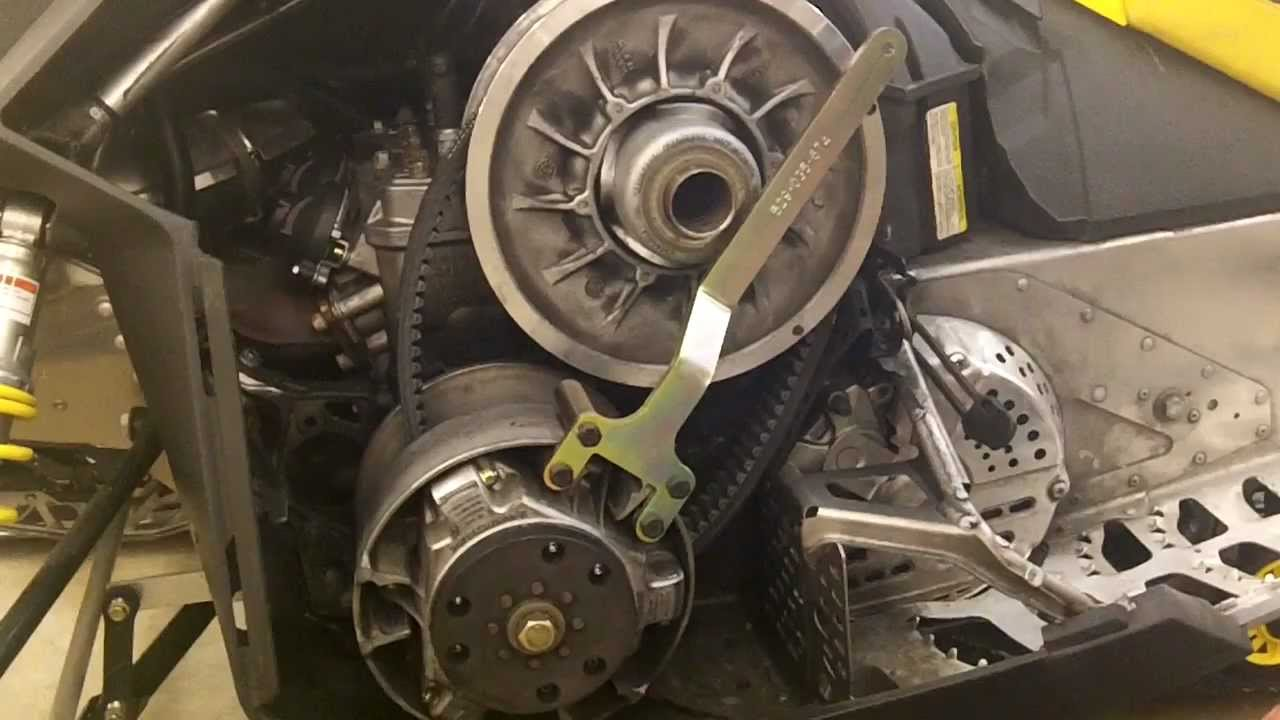 SkiDoo QRS Style Clutches 200910  EPI Clutch Kit