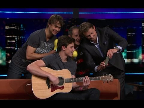 Alexander Rybak and Shawn Mendes Stitches in the Norwegian talk show Senkveld 18.09.2015
