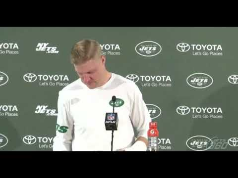 Josh McCown breaks down in press conference following Jets loss to Denver,  Hand injury
