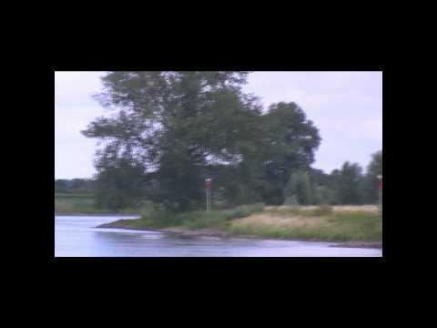 Wandelen langs de IJssel bij Voorst - 2010.wmv