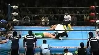 04  Mitsuharu Misawa vs Toshiaki Kawada   AJPW 04 11 94