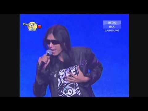 Zamani Slam - Gerimis Mengundang (live)
