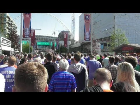 FA Cup Final (2018) Chelsea vs Manchester United / Wembley Way