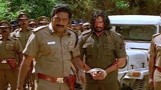 Prakash Raj arrests Prashanth - Mambattiyan