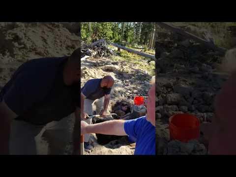 Crystal park mining quartz crystals with       Tromelle