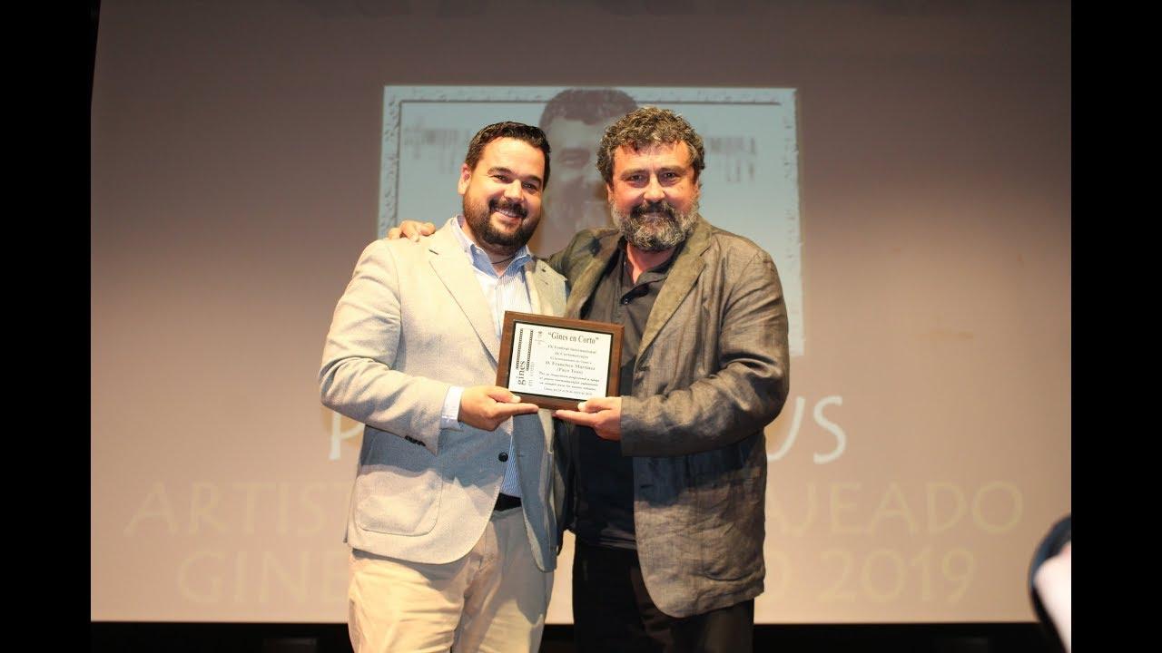 'Gines en Corto' concluye con la entrega de premios a las cintas ganadoras y el homenaje a Paco Tous