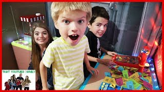 Best BOX FORT ARCADE! / That YouTub3 Family