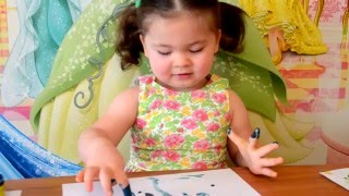 Развивающее видео для малышей.Ариша рисует ПАЛЬЧИКОВЫМИ КРАСКАМИ./ DRAW THE FINGER PAINTS(Развивающее видео для малышей. Ариша рисует ПАЛЬЧИКОВЫМИ КРАСКАМИ./ DRAW THE FINGER PAINTS Спасибо, что смотрите..., 2016-01-23T11:34:40.000Z)