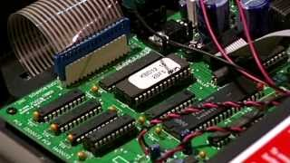 ScoreBoard Service Company - Eprom Chip Replacement in a Scoreboard - Spanish Version