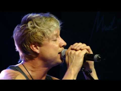 Sunrise Avenue - Forever Yours (acoustic) (Voice Muotiviikko 2.10.2010)