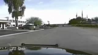 Un coche de policía en Arizona atropella brutalmente a un sospechoso