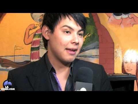 Entrevista a  El Yaqui Vocalista de la Banda el Recodo For LAREMIX !!!