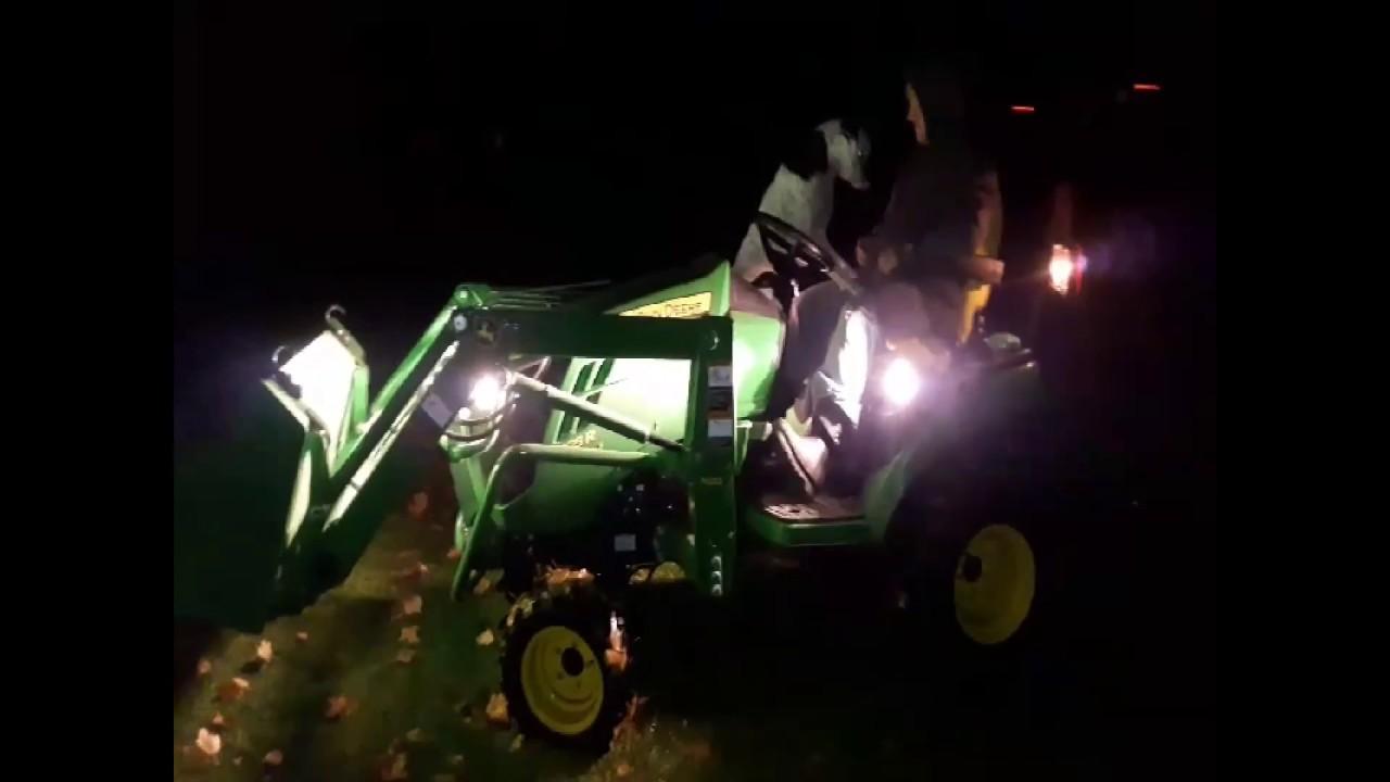 get the side lights john deere 1025r h120 loader lights at night and