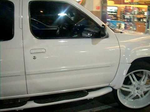 "All White Nissan Xterra on 24"" Giovannas - YouTube"