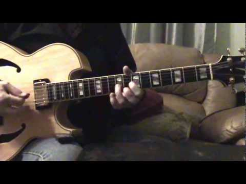 Jingle Bells..... Christmas  Jazz Guitar Looping ....Chris Kitchen