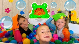 Bath Song for kids - Nursery Rhymes and kids learning songs by Eva