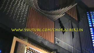 """Charlottenburg: Choral """"Vertraut den neuen Wegen"""""""