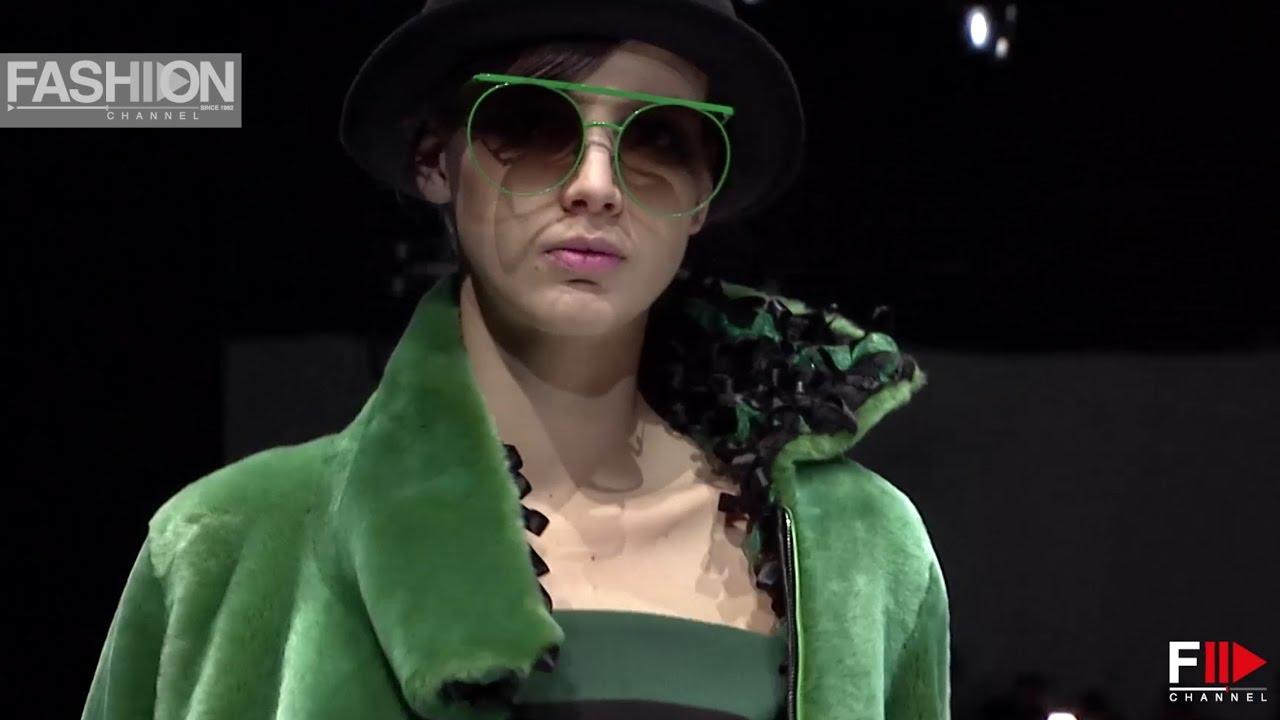 GIORGIO ARMANI Milan Fashion Week Womenswear Fall Winter 2017 2018 - Fashion Channel