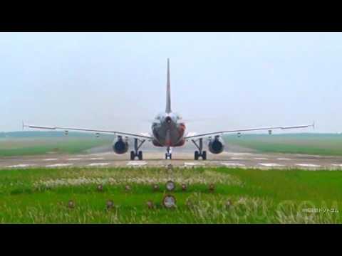 みやこ下地島空港から離陸するジェットスター機(17エンド→35エンド)