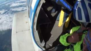 видео Прыжки с парашютом в СПб от Piter Polet